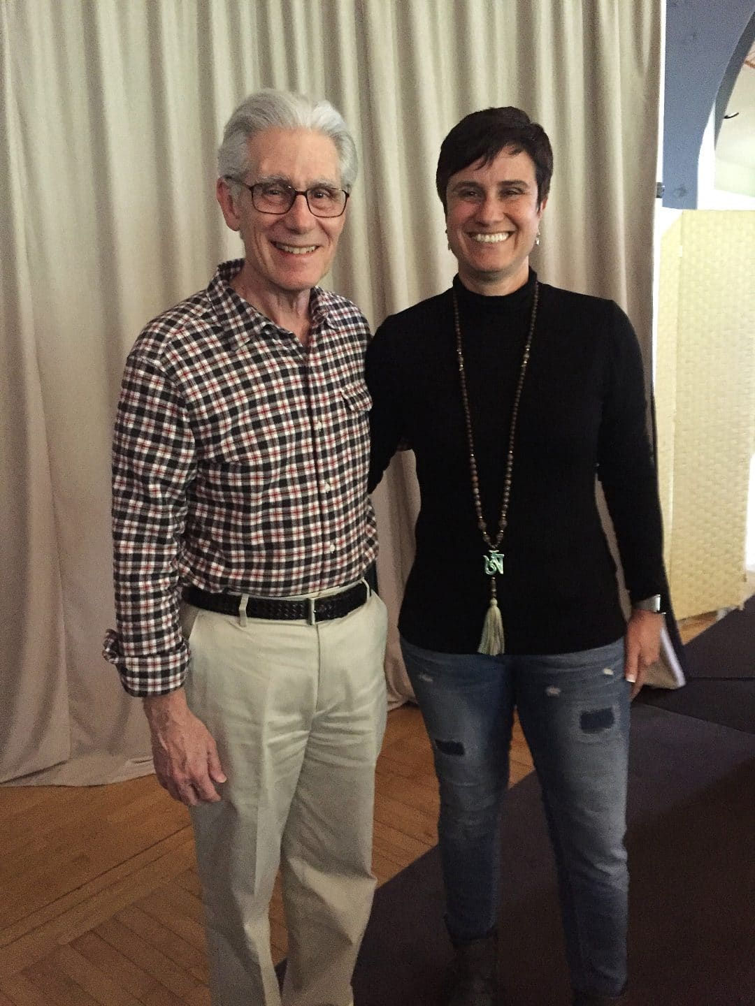 Professional training with Dr Brian Weiss in past life regression